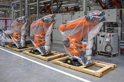 Robots in the car factory - aluminium extrusion