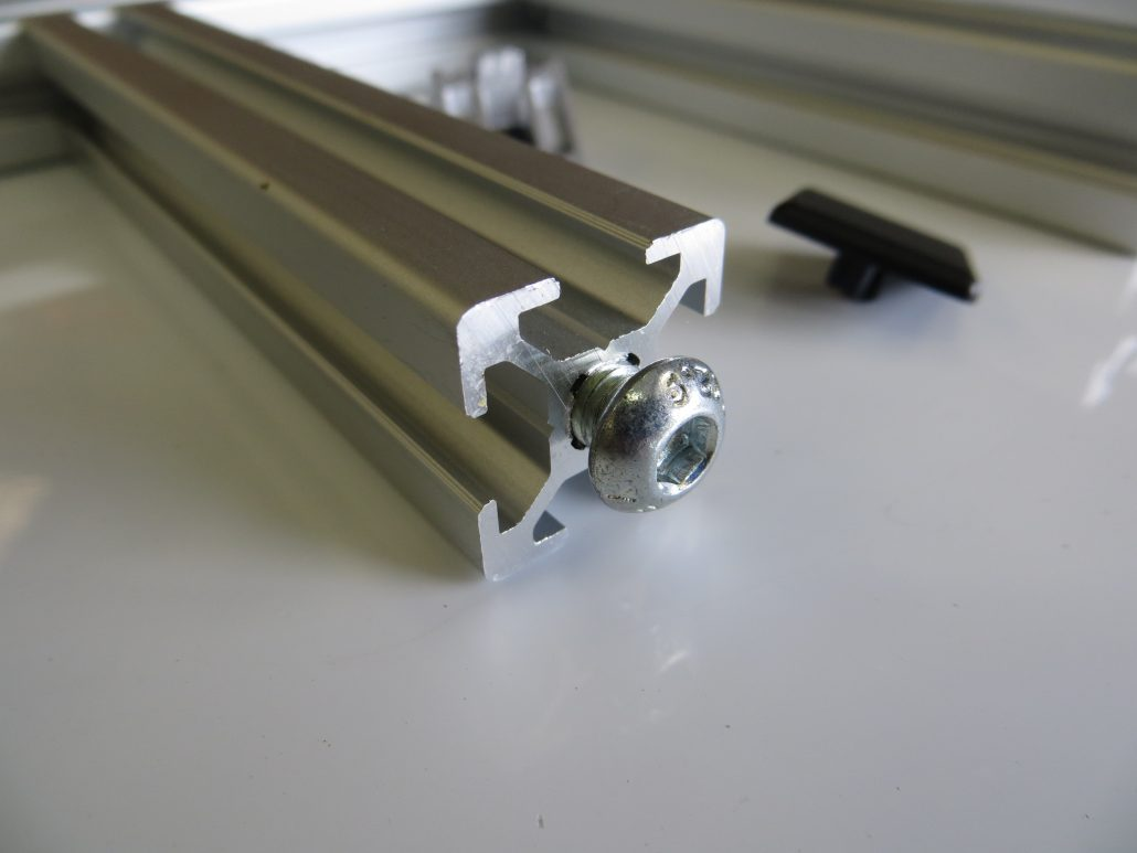 T-slot extrusion 20x20 with accessories
