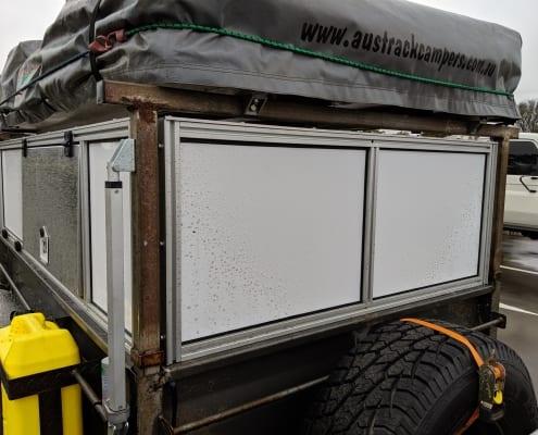 Composite aluminium panels in T Slot extrusion frame