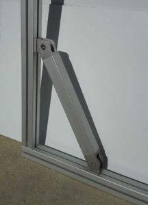 brace using screw swivel joints